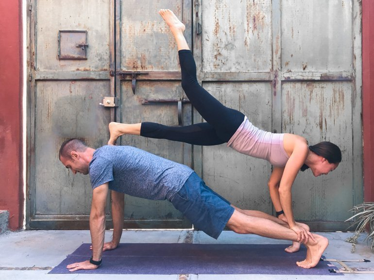 Couple S Yoga Poses 23 Easy Medium Hard Yoga Poses For Two People